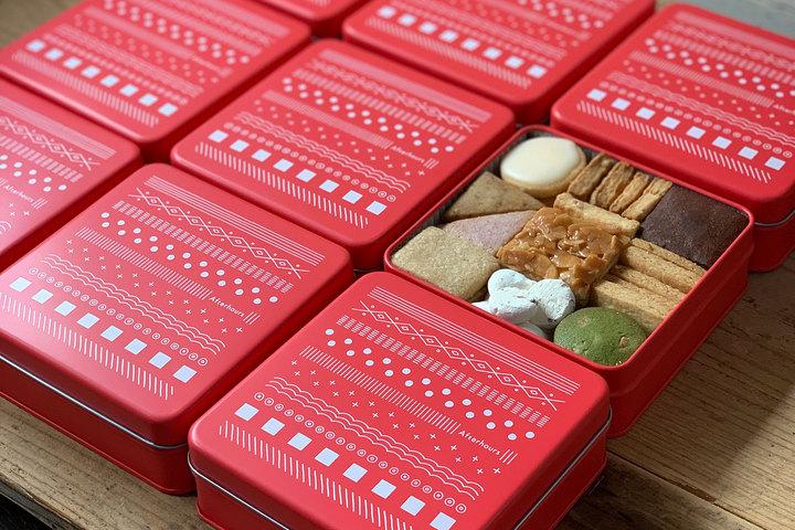 クッキー缶「冬缶」「赤」12/16 9時から発売
