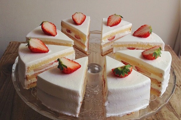 いちごのショートケーキはじめました