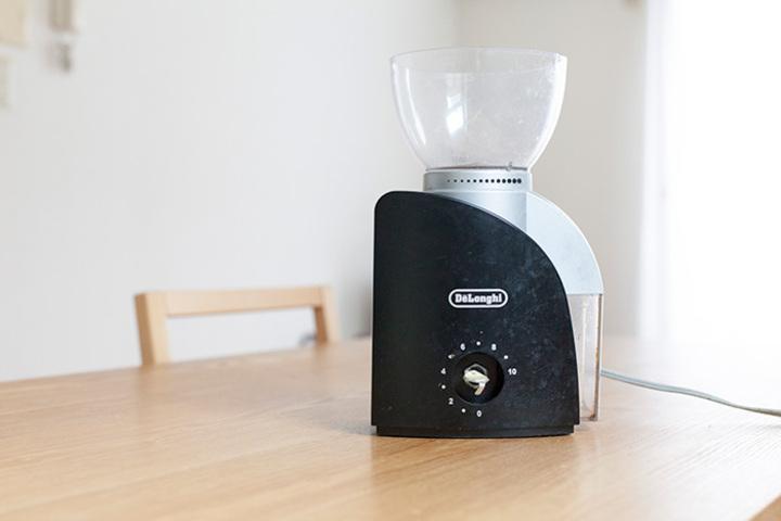 動かなくなった デロンギ「コーン式」コーヒーグラインダーKG-100