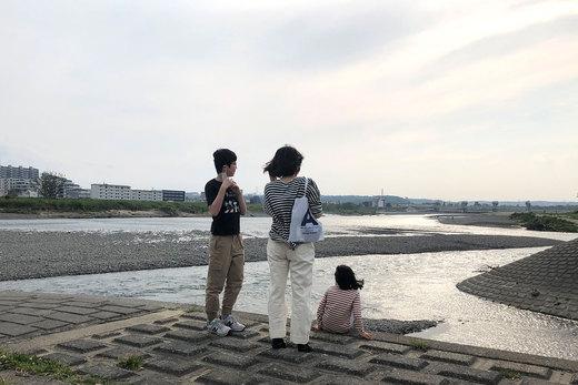 多摩川で息抜き。