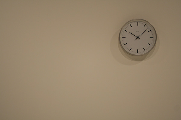 Arne JacobsenさんのCityhall Clock