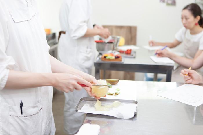 製菓教室「フルーツタルト」